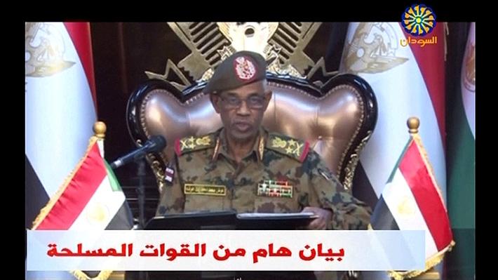 FF.AA. de Sudán realizan golpe de Estado y derrocan a Presidente que llevaba 30 años en el poder
