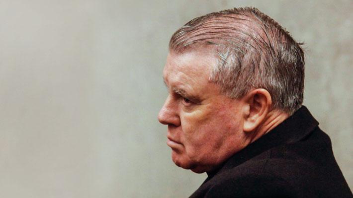 Vaticano prohíbe ejercicio del sacerdocio por 10 años a John O'Reilly tras declararlo culpable por abuso sexual
