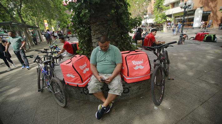 Prohibición de los servicios de delivery en Argentina: ¿Una amenaza para las aplicaciones en Chile?