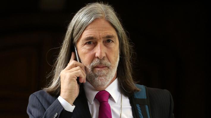 Carácter frontal y amplio poder político: Los anticuerpos que genera el peso del senador Letelier en O'Higgins