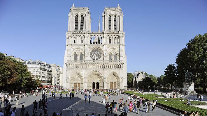 Esculturas, tallados y enormes ventanales: las obras que podrían haber sido destruidas por las llamas en Notre Dame