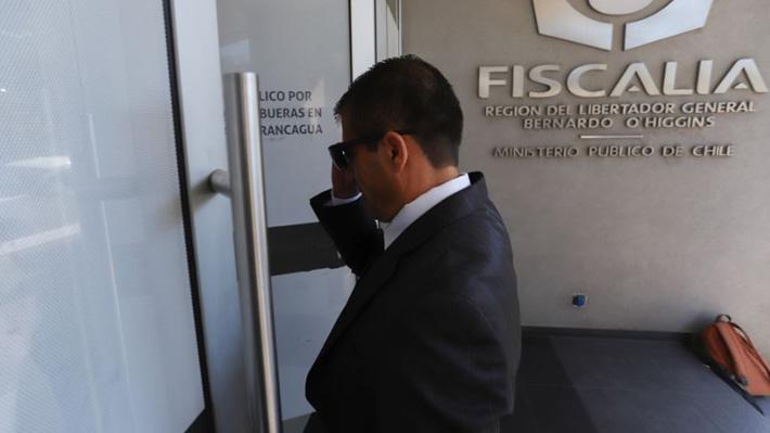 Libro de guardia de Corte de Rancagua registra dos ingresos nocturnos de juez suspendido: Salió con mochila y maleta