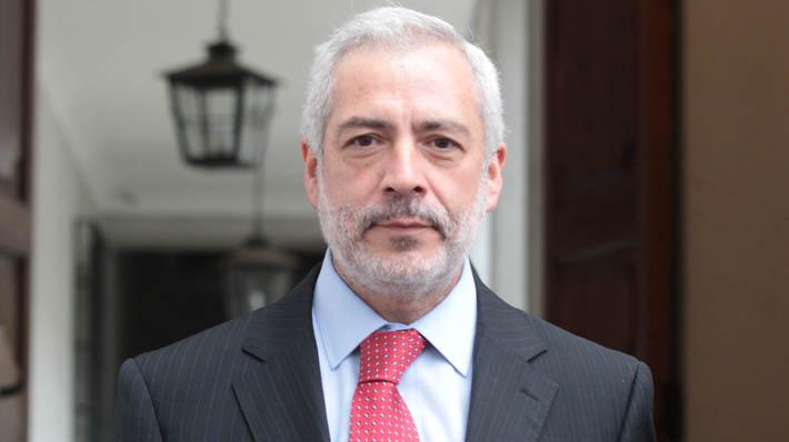 Senadores apoyan a fiscal Guzmán y se convierte en el nuevo secretario general de la Cámara Alta