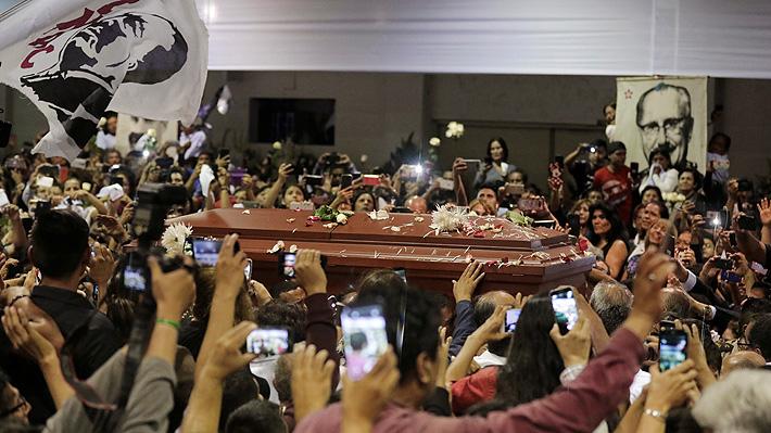 Restos de ex Presidente peruano Alan García serán cremados este viernes en Lima