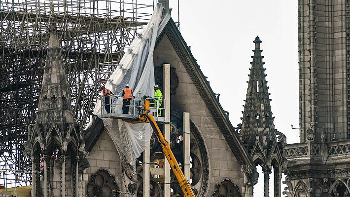 Policía de París cree que un cortocircuito pudo haber provocado el incendio en Notre Dame