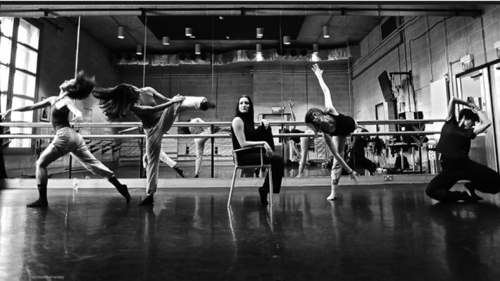 Avatâra Ayuso, reconocida coreógrafa que impulsa a mujeres a través de la danza, presentará un show en Chile