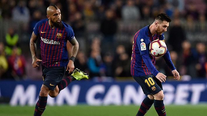 """""""El que le puso más ganas"""" e """"incansable"""": En España elogian a Vidal y destacan que """"el Camp Nou le dedicó sonora ovación"""""""