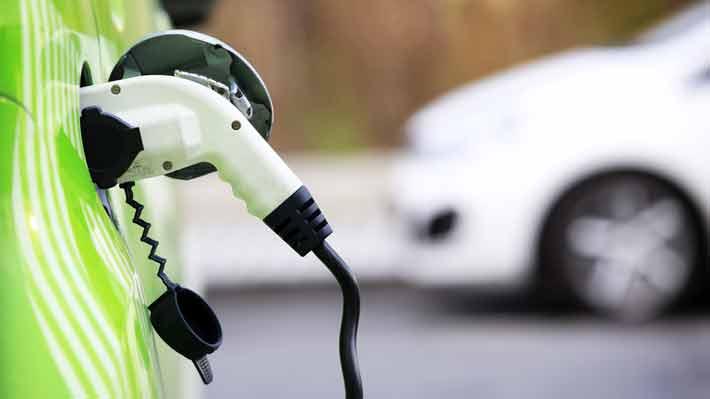Estudio científico revela que los autos eléctricos no son tan amigables con el medio ambiente