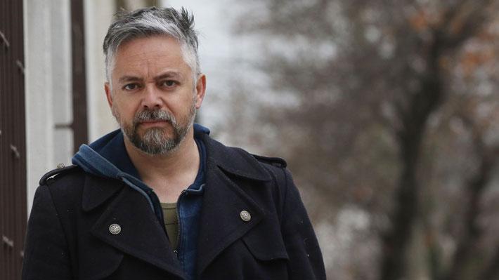 Teletón suspende actividad de firma de libros tras ola de críticas por participación de Jorge Baradit
