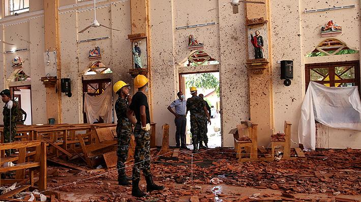 Gobierno de Sri Lanka atribuye a grupo islamista la autoría de atentados en Colombo