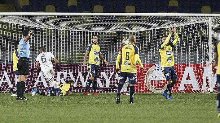 U. de Concepción sufre con un increíble empate en la agonía y se complica en su ilusión de avanzar en la Libertadores