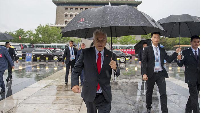 """Piñera subraya que relación con China """"va a fortalecerse"""" y evita abordar polémica con Codelco"""