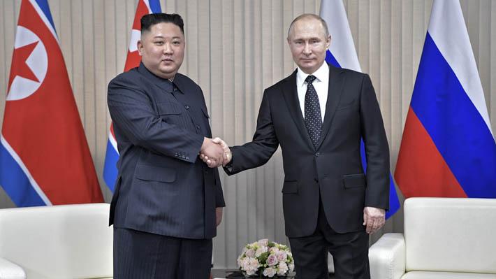 Vladimir Putin y Kim Jong-un celebran histórica cumbre: Confían en que contribuya en proceso de desnuclearización