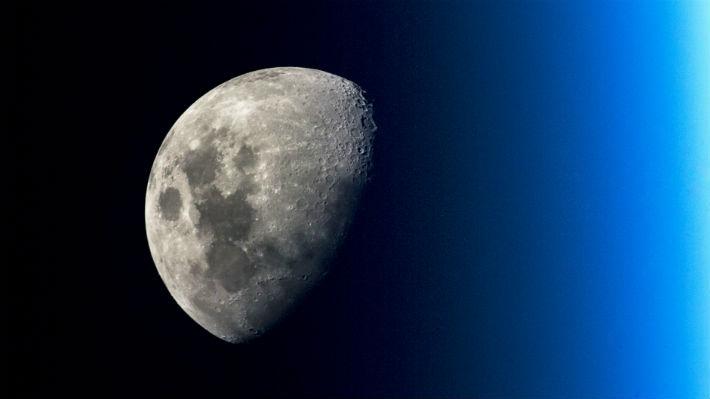 """La carrera espacial 2.0: China anuncia una misión tripulada a la Luna dentro de """"una decena de años"""""""