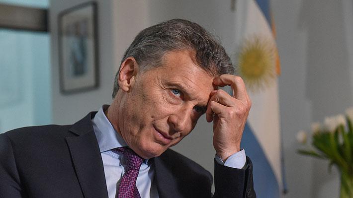 """Mercados de Argentina siguen hundiéndose y ministro Larraín dice que el problema es por la """"incertidumbre política"""""""