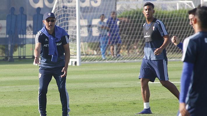 """Arias vuelve a golpear la mesa en la U: Otro cambio de esquema, regresa Gabriel Torres y hay un nuevo """"cortado"""""""