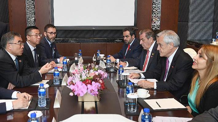 Piñera concreta cita con Huawei y se reúne con presidente del directorio