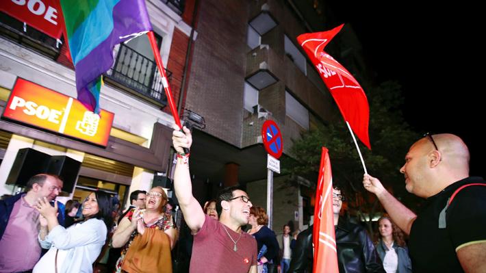 Primeros recuentos: PSOE se impone en elecciones en España, pero no le alcanza para gobernar