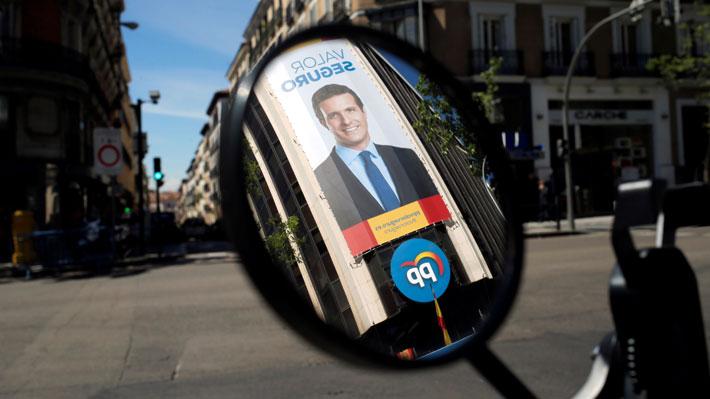 """La """"debacle"""" del PP: Las causas tras el peor resultado electoral de la historia del principal partido de derecha de España"""