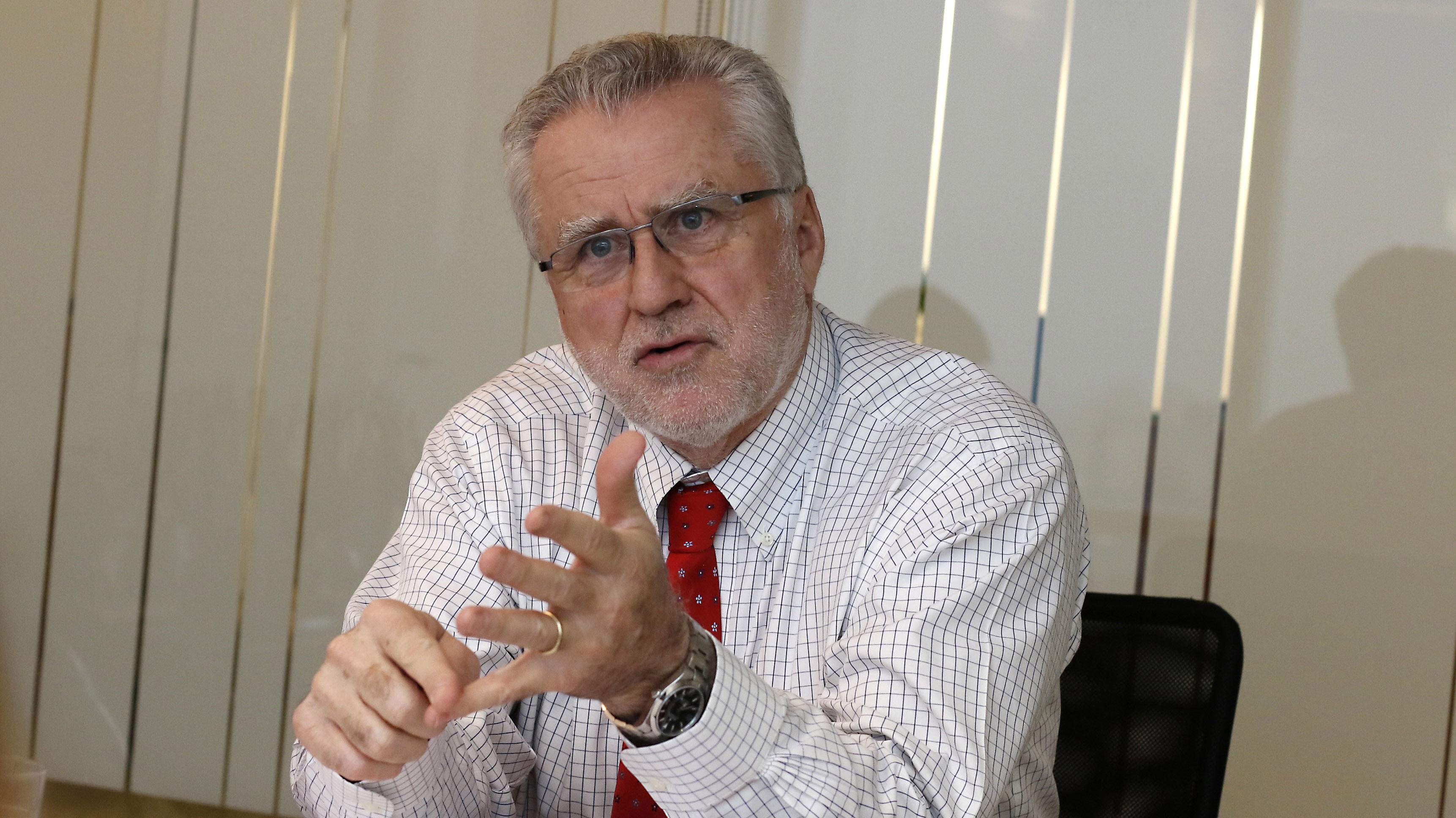 """Máximo Pacheco y cambio voluntario de medidores: """"Tenemos que enfrentar este tema en serio, no con medidas parche"""""""