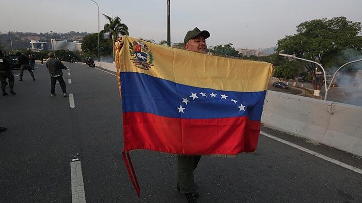 """Piñera reitera """"apoyo total"""" a Guaidó y señala que """"dictadura de Maduro debe terminar por la fuerza pacífica"""""""