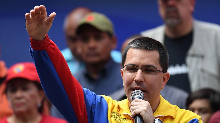 "Canciller de Maduro le responde a Piñera: ""No es extraño verlo apoyando golpes de Estado"""