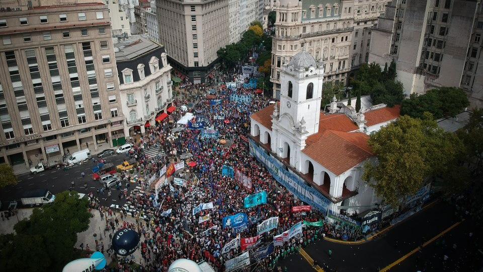 Paro nacional en Argentina: 32 detenidos marca la jornada de protestas contra medidas económicas de Macri