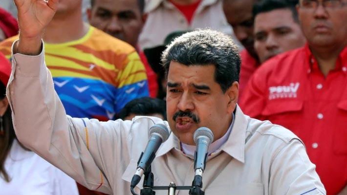 """Maduro da por derrotada la """"escaramuza golpista"""" y amenaza con acciones penales contra involucrados"""
