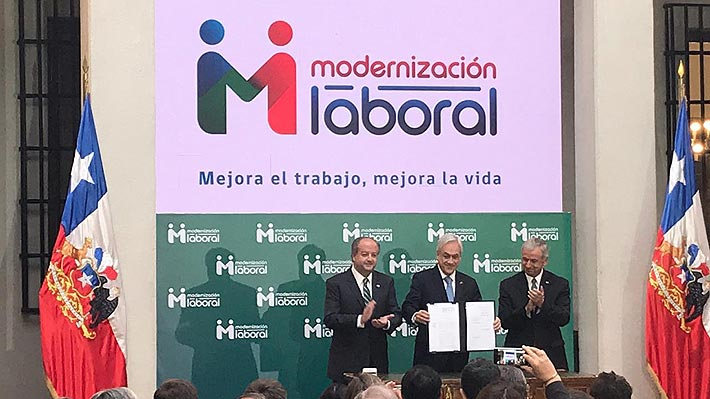 Piñera anuncia segundo proyecto de la reforma laboral: Se podrá pactar semanas de cuatro días de trabajo