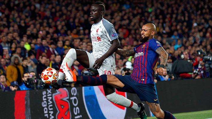Cuando nadie tenía piernas, apareció: La aplaudida jugada de Vidal ante el Liverpool que dio la vuelta al mundo