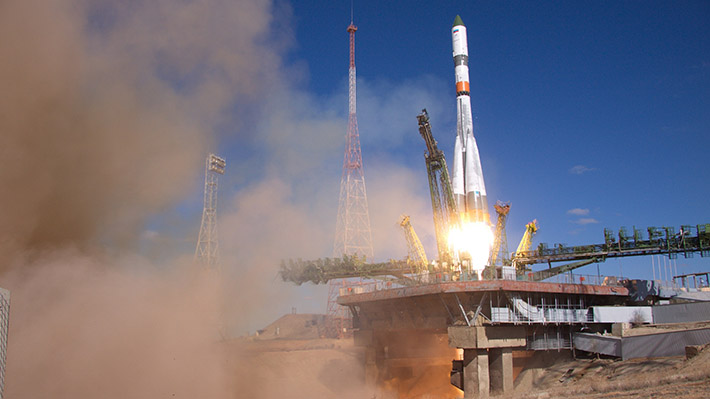 Un cosmódromo privado, lanzamientos turísticos y naves para hasta 12 vuelos: ¿Cómo avanza la astronáutica rusa?
