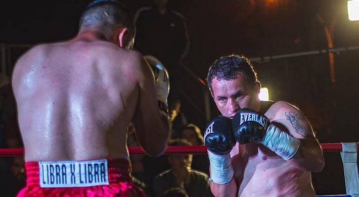 """La sacrificada historia de """"Ventarrón"""" Vera, el boxeador campeón de Chile que se subía al ring por el placer de agarrarse a combos"""