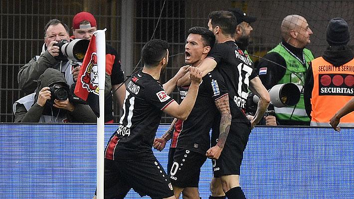 Video: El golazo y las dos asistencias de Aránguiz en la goleada del Bayer Leverkusen en la Bundesliga