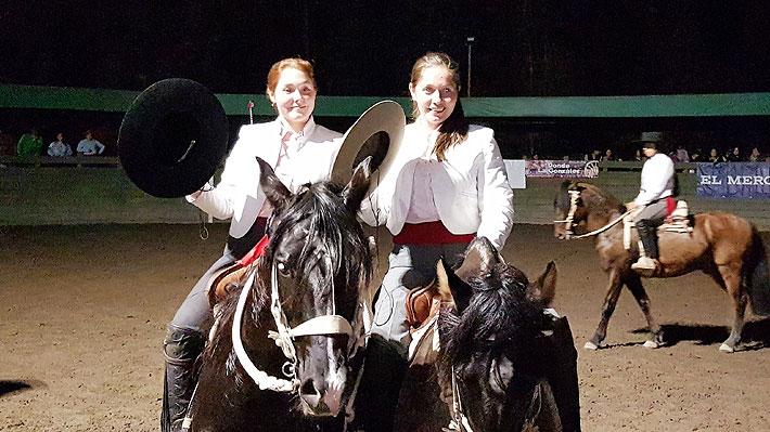 Josefina Zúñiga y Marjorie Hermosilla se coronaron campeonas del 10° Campeonato Nacional de Rodeo Femenino