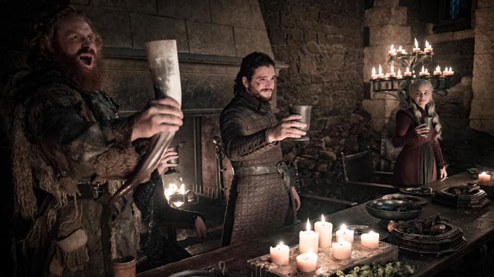 """""""Game of Thrones"""" responde a su error en el cuarto capítulo donde dejó ver un peculiar vaso en una escena"""
