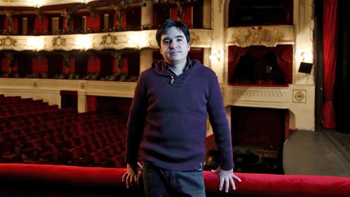 """Miguel Farías premiado por """"El Cristo de Elqui"""": Conoce más del compositor chileno que ha sabido entrar en el mundo de la ópera"""