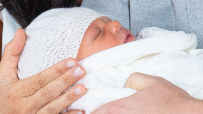 """""""Baby Sussex"""": Las primeras imágenes en público del primogénito de los duques Harry y Meghan"""