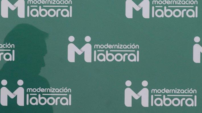 Ex ministro de Hacienda de Bachelet y ex presidente del Banco Central salen a respaldar proyecto laboral del Gobierno