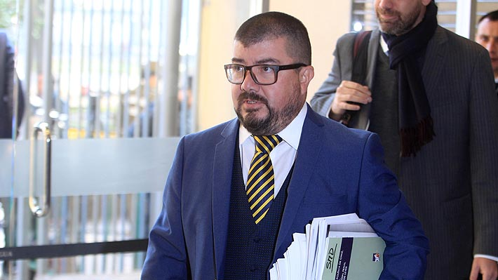 """Fiscal Moya confirma allanamiento a su casa y asegura que correo presentado por Arias no lo relaciona con """"Huracán"""""""