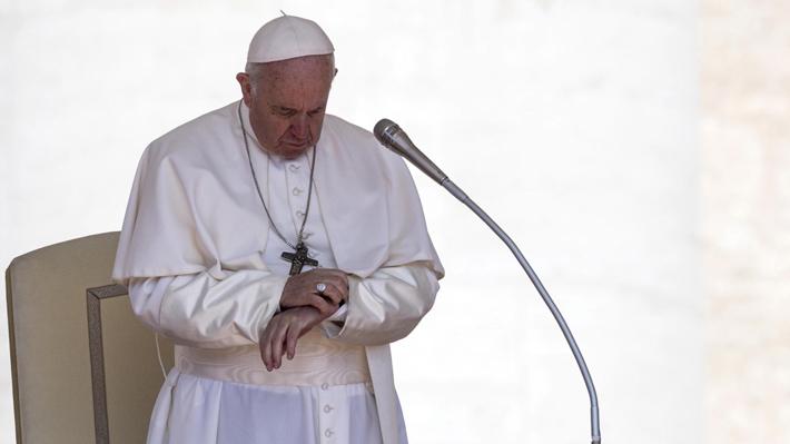 Papa Francisco dicta norma que obliga a miembros de la Iglesia a denunciar abusos sexuales