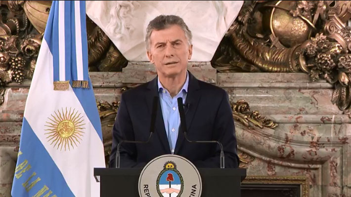 """Macri dice estar """"conmovido"""" y que llegará """"hasta las últimas consecuencias"""" para dar con los autores del ataque a diputado"""