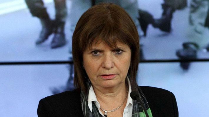 Ministra de Seguridad argentina afirma que objetivo del ataque a diputado era en realidad su acompañante
