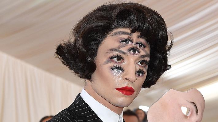 La maquilladora con TOC que logró impresionar en la Gala MET con el look de Ezra Miller: la explicación y los pasos que siguió