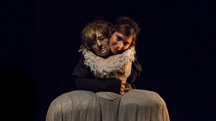 Día Nacional del Teatro: Expertos analizan el panorama de las artes escénicas en Chile