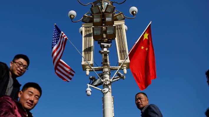 """China lamenta alza de aranceles estadounidenses y promete """"tomar las medidas necesarias de represalia"""""""