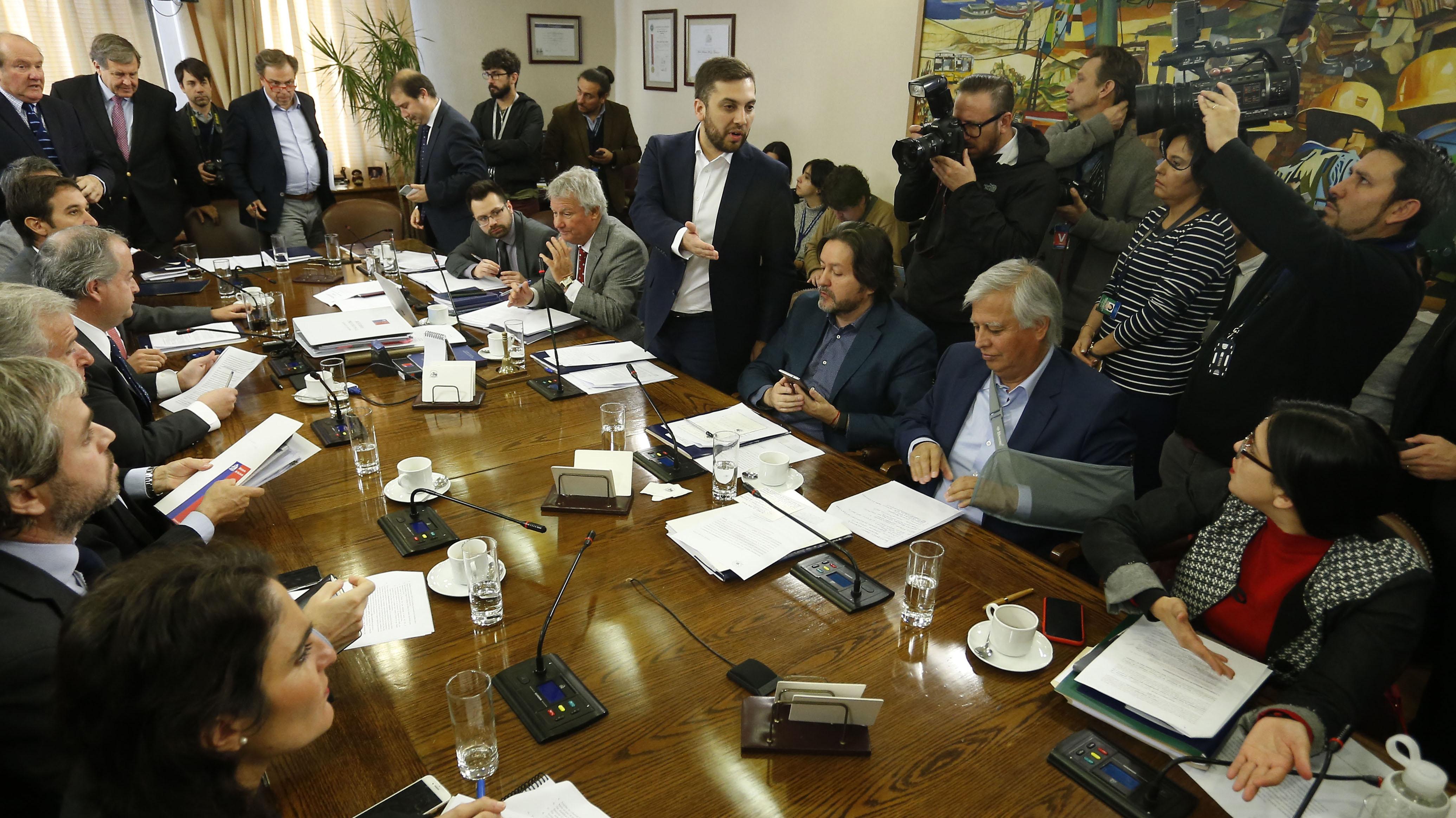 La compleja jornada que vivió la reforma previsional en la Cámara y que tensionó a la oposición