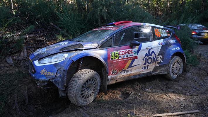 Pedro Heller sufre accidente en la primera prueba especial del WRC y retrasan segundo tramo en Concepción