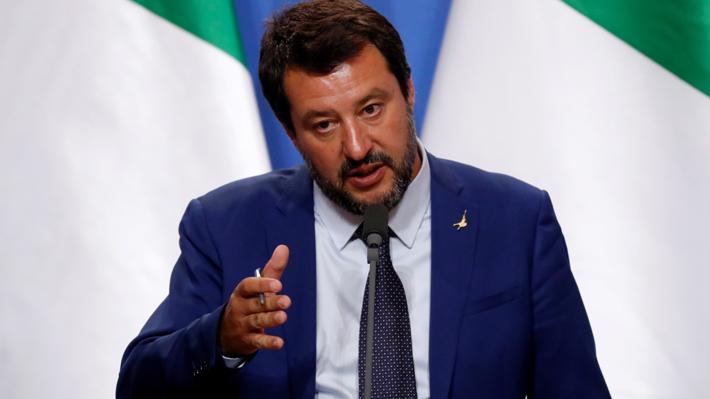 Ministro del Interior italiano defiende idea de multar a quien rescate migrantes por su cuenta
