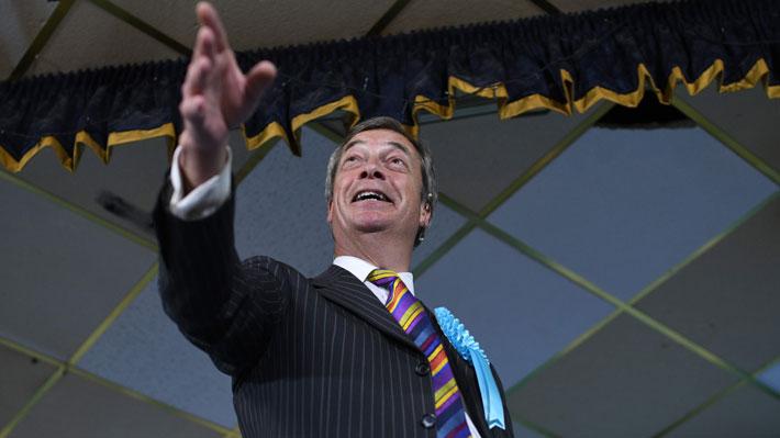 Nigel Farage y Partido del Brexit arremeten en la campaña por los comicios europeos