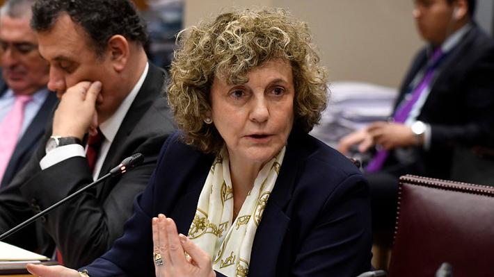 Corte Suprema acoge a trámite recurso de queja contra Dobra Lusic por su participación en causa de Banco de Chile
